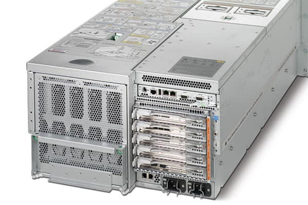 Sun-Enterprise-M4000-Server-Front-and-Rear-View-5-1-2-2-3-1-3-1-1.jpg